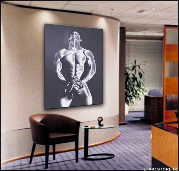 Wandbild Jack Dyrell STRONG MAN - AKT Wohnbeispiel