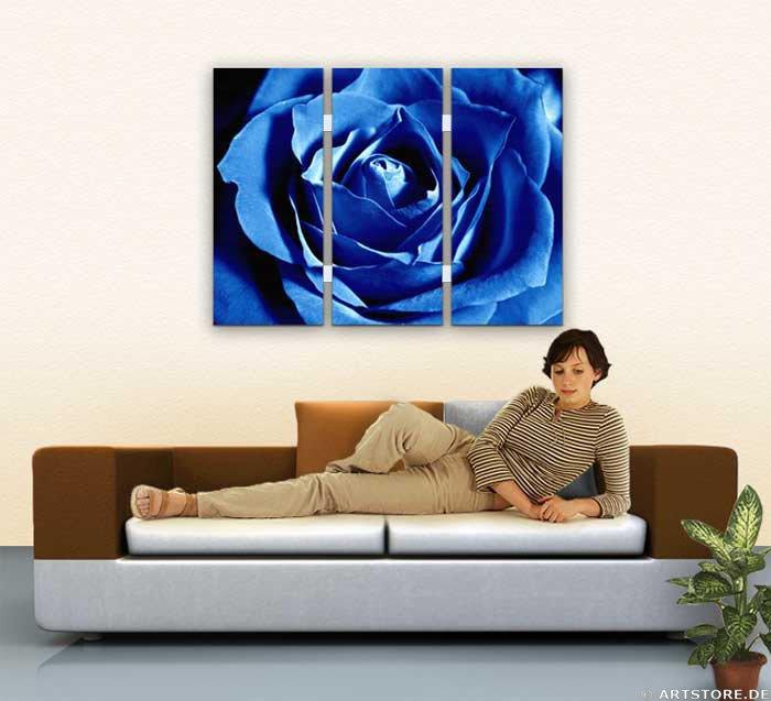 Wandbild Jack Dyrell BLUE ROSE - EDITION Wohnbeispiel