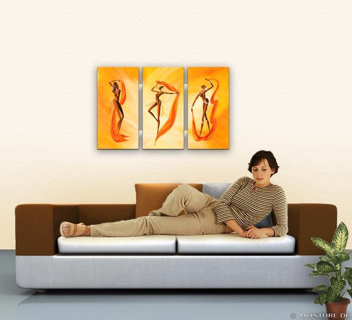 Wandbild Mia Morro NACKTE FRAUEN TANZEN Wohnbeispiel